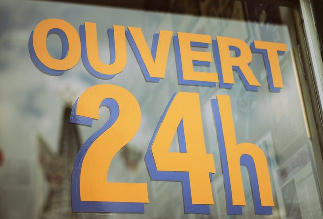 24hr Bagels Montreal