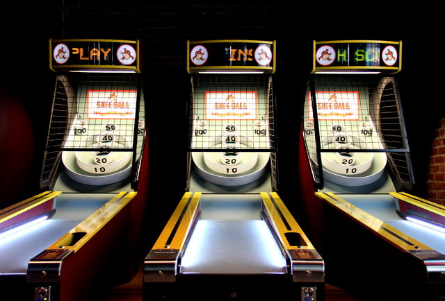 Skee-ball at GGTR-A bar-gaming paradise with 100 beers, potato chip nachos, and pinup girls