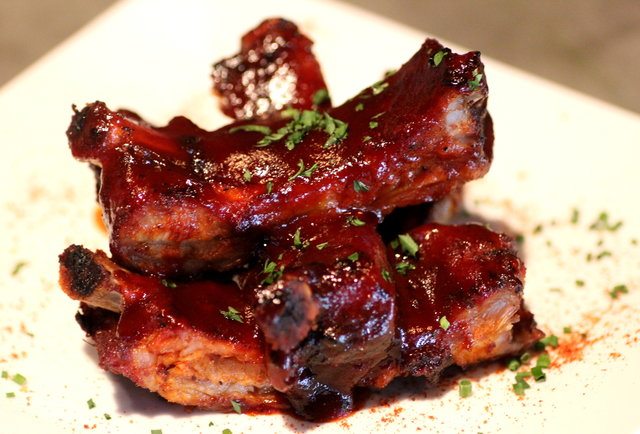 Ribs at GGTR-A bar-gaming paradise with 100 beers, potato chip nachos, and pinup girls