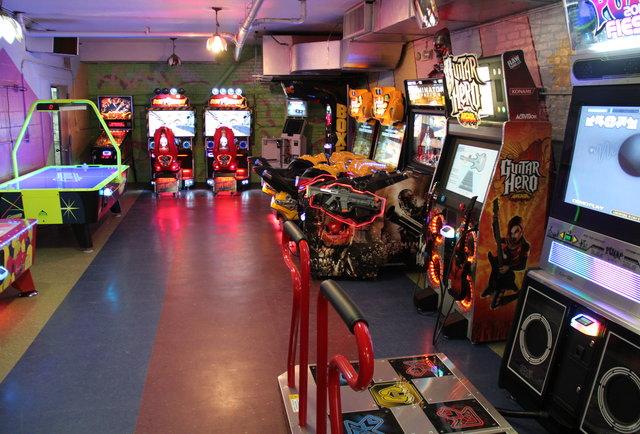 neon arcade cr how to play arcadrs