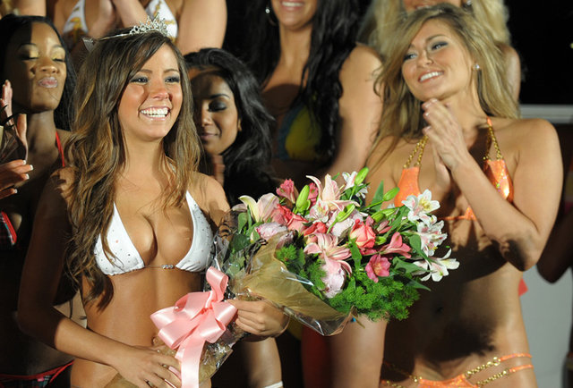 Hooters Swimsuit Finals