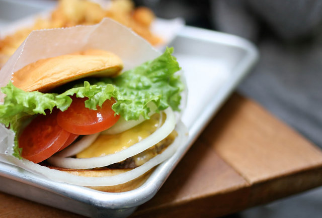 NYC's burger paradise makes its long-awaited debut