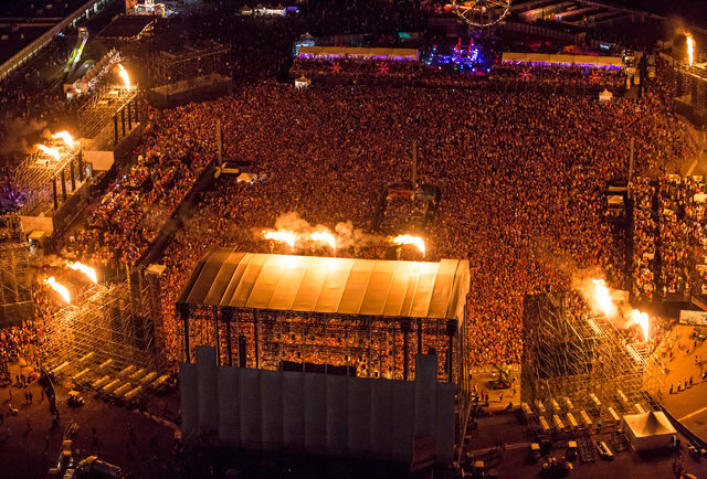The Electric Daisy Carnival Review