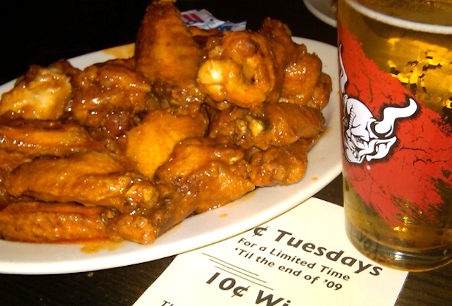 Croxley Ales 10 cent wings - NYC
