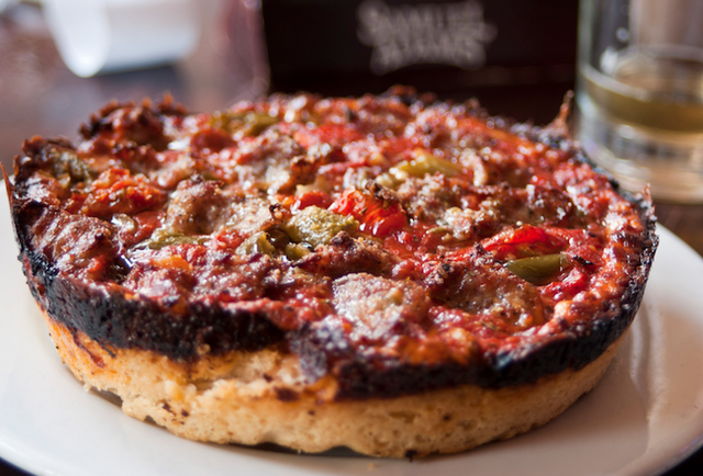 Pequod's pizza chicago
