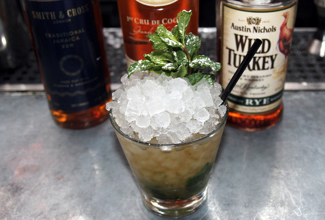 New Orleans Cocktails and the Best Places to Find Them - Thrillist New ...