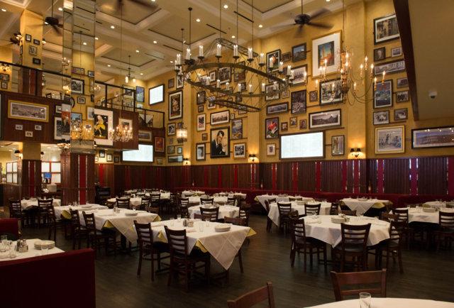 Carmine's Vegas -- Dining Room