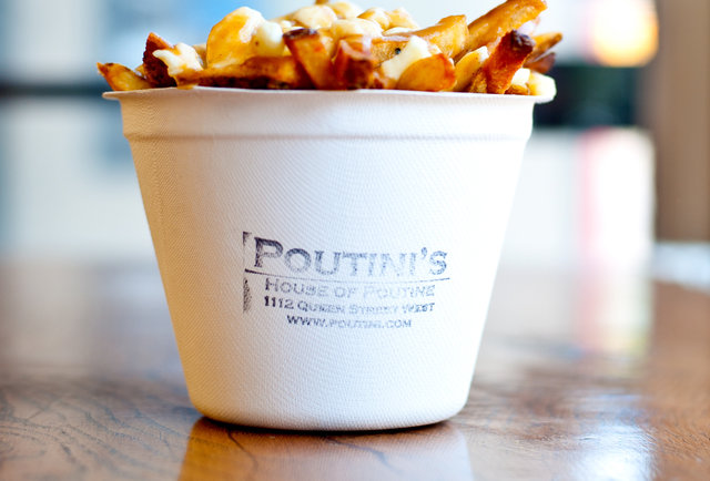 small side poutine