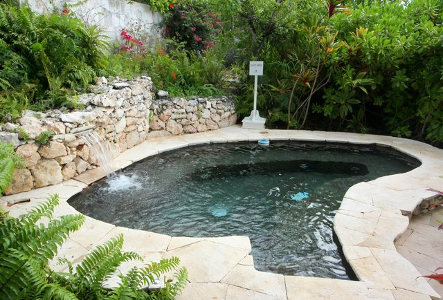 Outdoor Jacuzzi at Parrot Cay by COMO