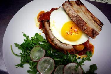 porchetta sandwich pub and kitchen philadelphia