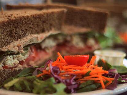 Killer Tomato sandwich
