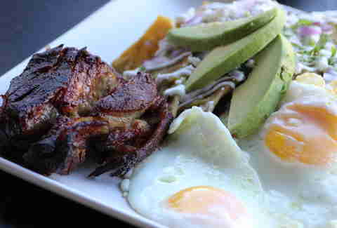 carnitas chilaquiles mercado brunch los angeles
