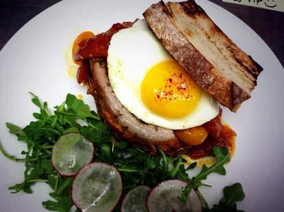 pub & kitchen philadelphia egg sandwich