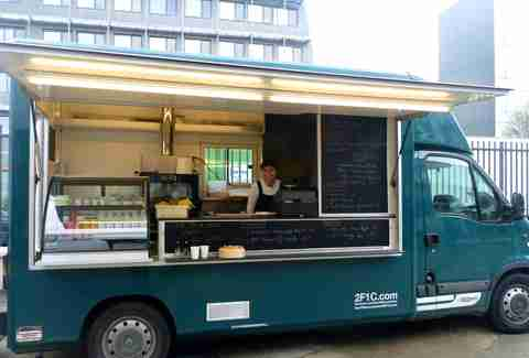 2F1C Food Truck in Paris
