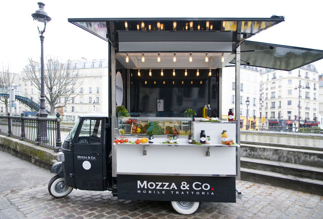 Food truck paris best wheeled restos for gourmet burgers - Remorque cuisine mobile ...