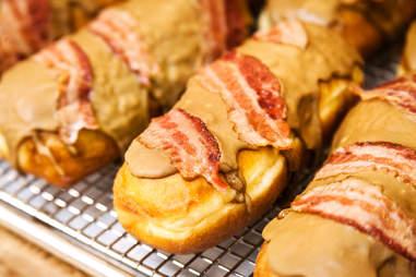 maple bacon bar donut san diego