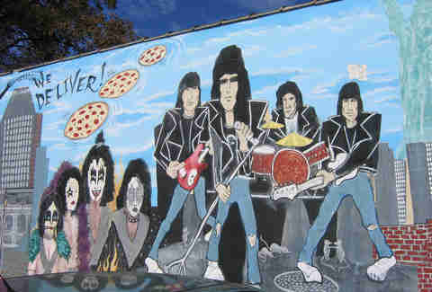 Ramones pizza graffiti