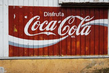 Disfruta Coca-Cola