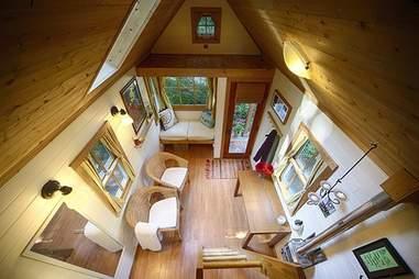 fencl interior shot