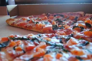 cosmo's pizza university of colorado boulder