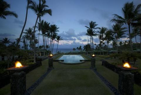 Dusk at Travaasa Hana pool