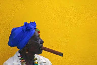 woman in cuba smoking cigar