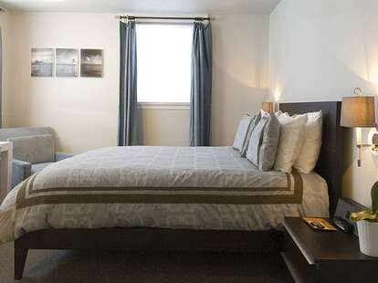 Ale house inn room