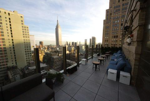 Rooftop Bar NYC - Skylark - Happy Hour