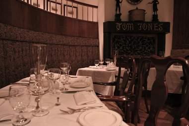 Tom Jones Steakhouse & Seafood
