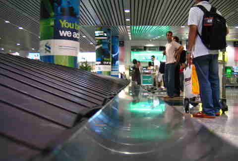 baggage conveyor