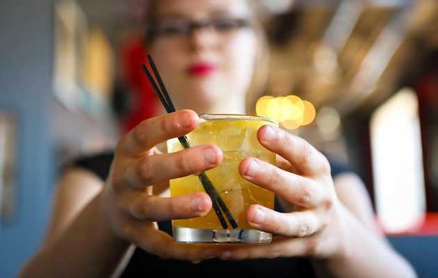 These are Detroit's best cocktail bars