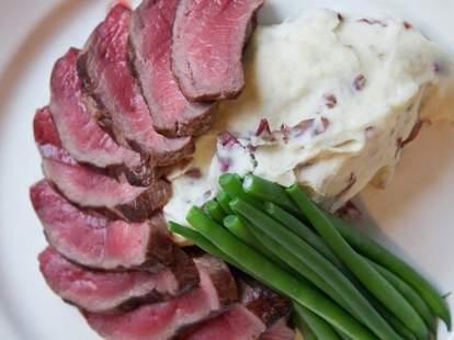 Creed's Seafood & Steak