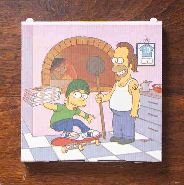 Simpsons pizza box