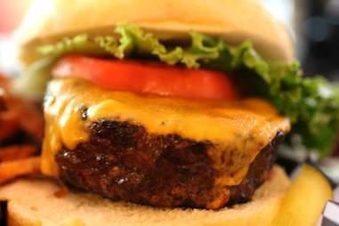 gilberts burger