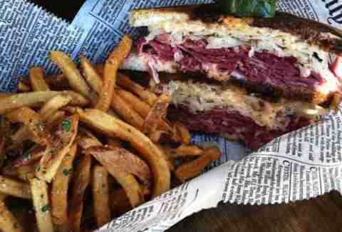 Ten Bells Tavern Thrillist 47 Dallas