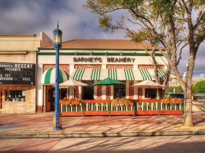 Barney's Beanery - Westwood