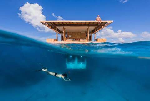 Underwater hotel Planet Ocean Underwater Room Diver Thrillist Best Underwater Hotels In The World Fiji Dubai Florida More
