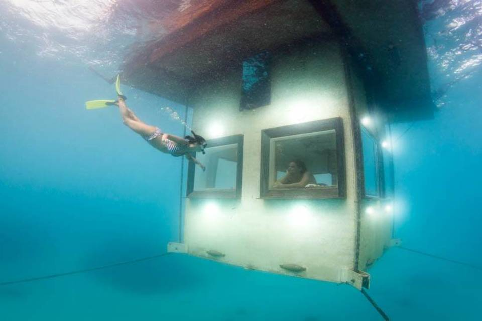 Best Underwater Hotels In The World Fiji Dubai Florida More Thrillist