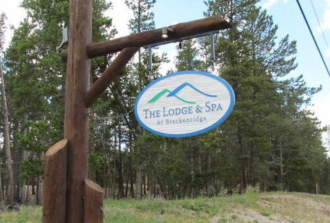 lodge and spa sign