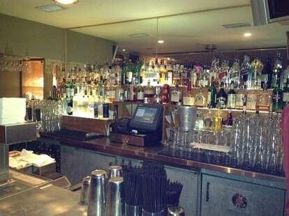 eric's bar