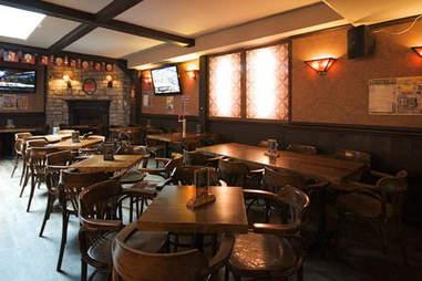 Pub Cock N' Bull Montreal