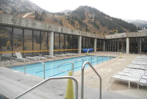 cliff spa pool