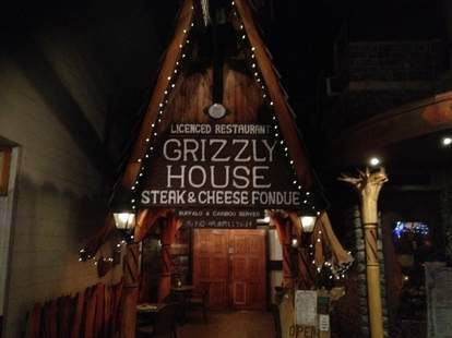 grizzly house sign