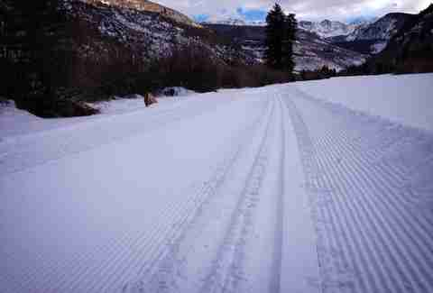 groomed trail, snow
