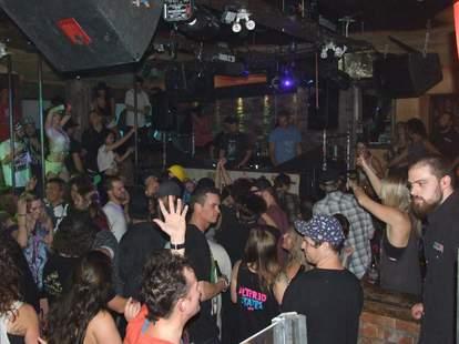 maxx fish dance floor