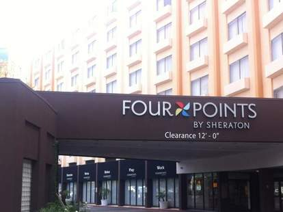 four points sign