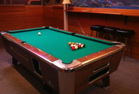 rogue ales pool table