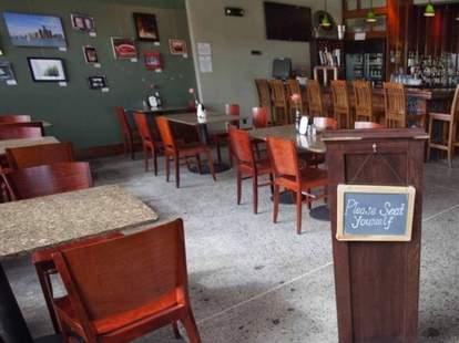 Woodbridge Pub Detroit