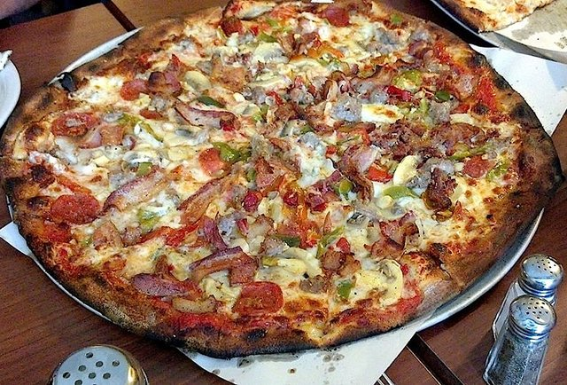 The ultimate American-style pizza guide and rank