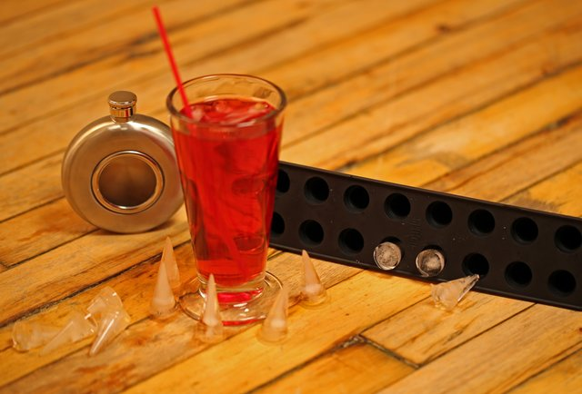 5 awesome ice cube trays that\'ll change the way you drink